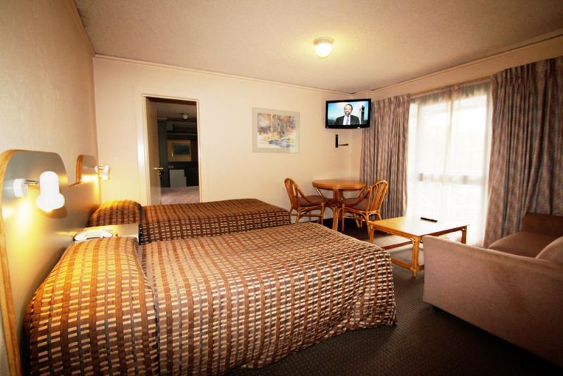 Interconnecting Family Room accommodation Sandringham, Motel Melbourne