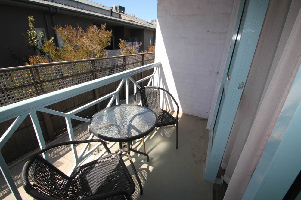 Queen Double Spa Room Balcony | Accommodation Beaumaris