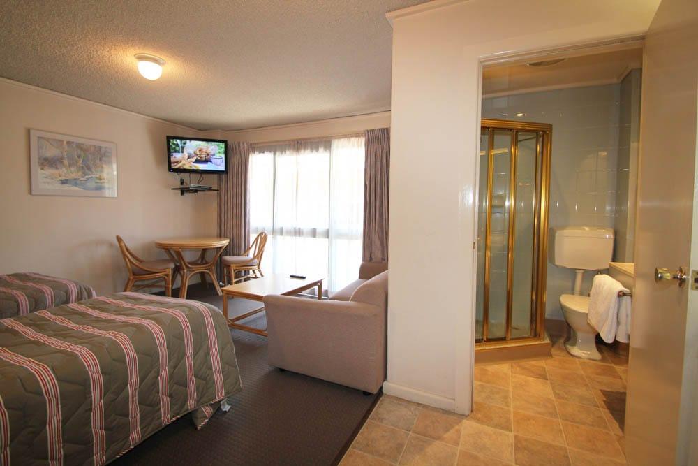 Twin Room | Beaumaris Accommodation