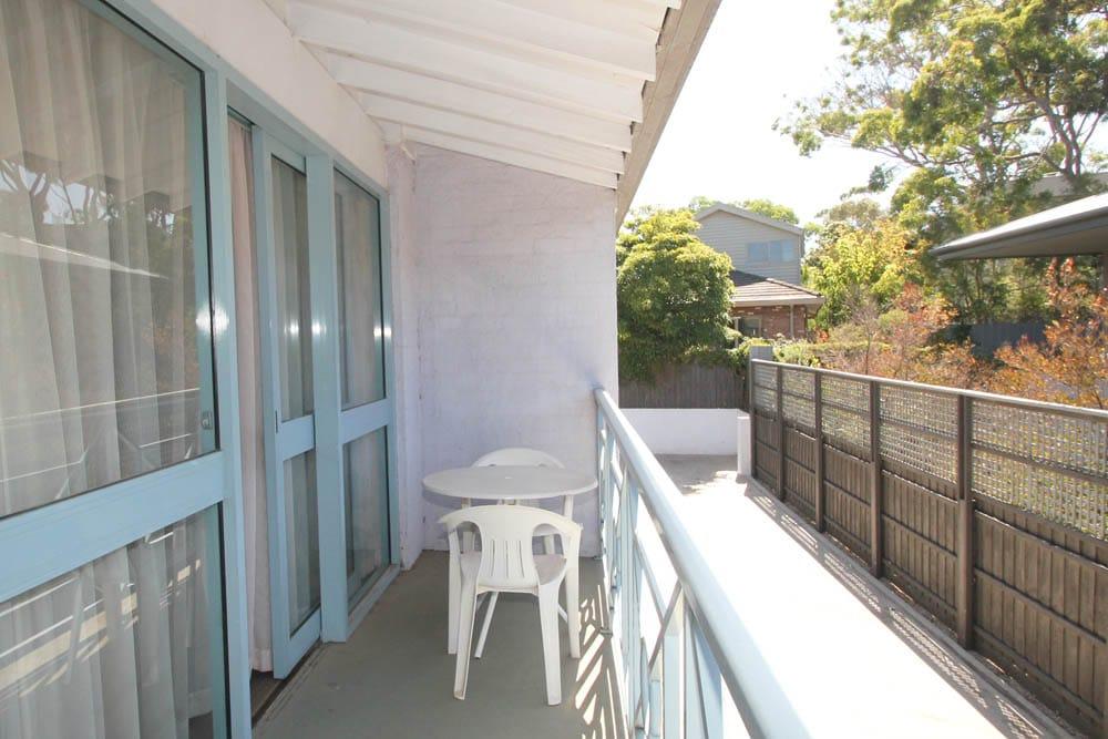 Twin Room Balcony | Beaumaris Accommodation